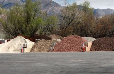select materials bulk delivery wholesale landscaping