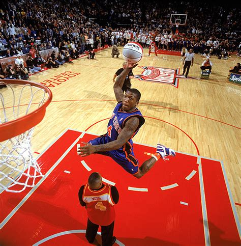 how to dunk like a pro the no bullshit guide to jumping higher regardless of age or height books nate robinson makes dunking look easy and he s 5 9