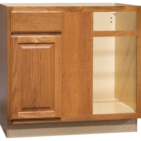 medium oak kitchen cabinets hton bay hton assembled 36x34 5x24 in blind base