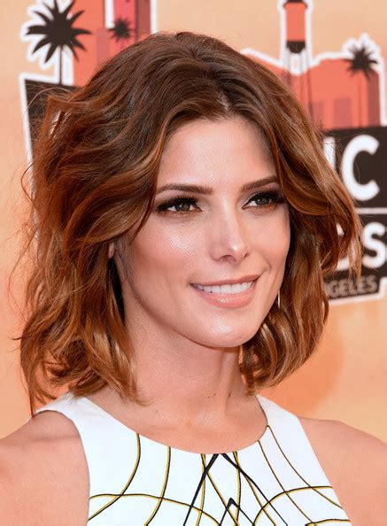 ashley greene medium length hairstyles 2014 straight hair ashley greene medium wavy cut shoulder length hairstyles