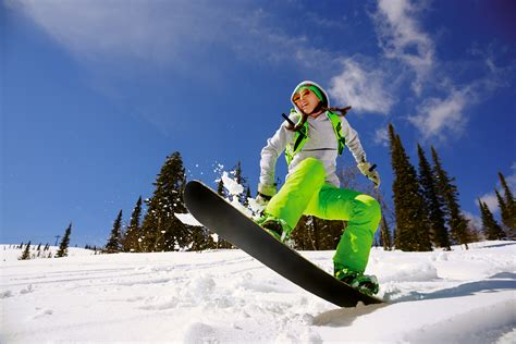 best freestyle snowboards how to choose the best snowboard bag to protect your gear
