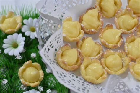 fiori di pasta fiori di pasta frolla ripieni burrofuso