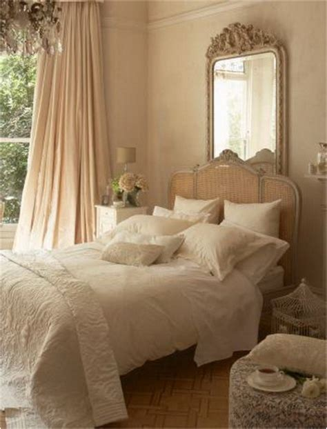Vintage Bedroom Decor by Key Interiors By Shinay Vintage Style Bedroom