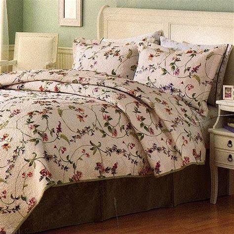 liz claiborne gabriela quilted twin comforter sham set
