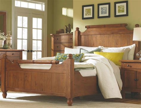 queen feather bed attic heirlooms natural oak stain queen feather bed from broyhill coleman furniture