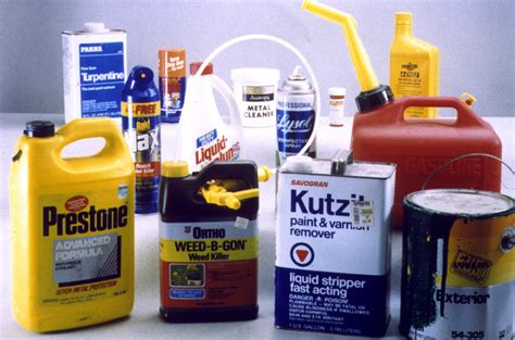 toxic household chemicals 28 dangerous household chemicals dangerous