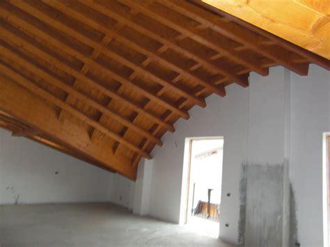 Tetti In Legno Foto by Foto Tetto In Legno Curvo Di Costruzioni Spada Giacomo