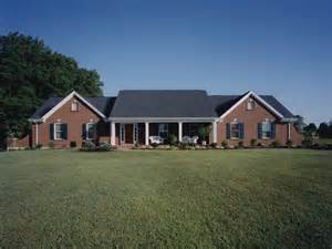 Country Meadows Ranch Home Plan 065d 0164 House Plans House Plans For Country Style Homes Ranch