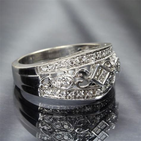 14k white gold filigree ring from goodbee