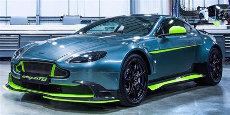 Aston Martin Race Car by Aston Martin Vantage Gt8 Is A Race Car