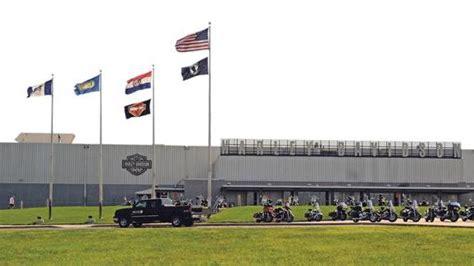 Harley Davidson Kansas City Plant by Harley Laying 118 In Pennsylvania Moving Production
