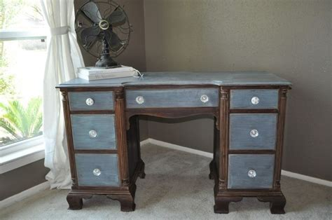 desk painting ideas love the paint job on this two tone desk desk ideas