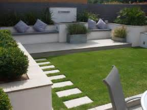 Small Front Garden Design Ideas Uk Don T Underestimate Perennials In Your Gardening Easier Perennials Will Continue To