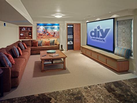 home decor ideas family home theater room design ideas family friendly home theaters from diynetwork com home