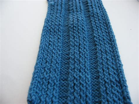 knitting stitches for a scarf manly scarf 7 blue impeccable knits shifting