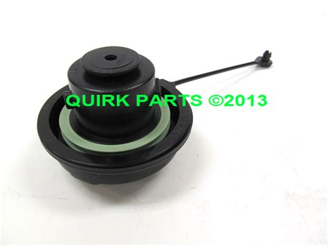 saturn l200 fuel chevy gmc saturn fuel tank gas cap oem new genuine for