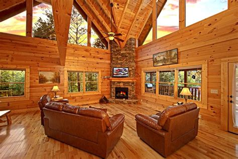 Lookout Mountain Cabin Rentals by Alpine Mountain Cabin Rental Pigeon Forge Cabin In Pigeon Forge Cabins Usa