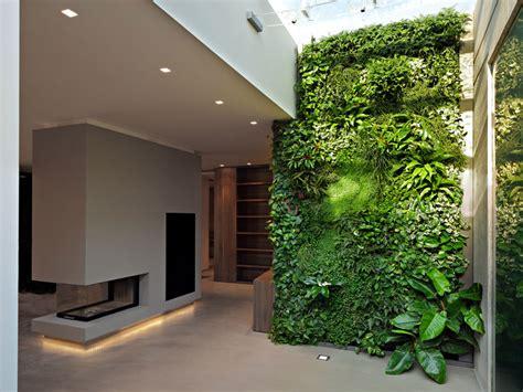 verde verticale interni interni green c 232 un grande prato verde in casa www