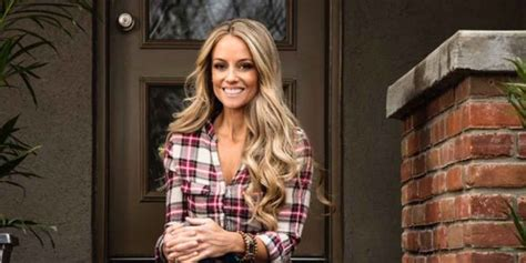 nicole curtis discuss quot nicole curtis admits it took a shameful moment with an coworker to realize her job was