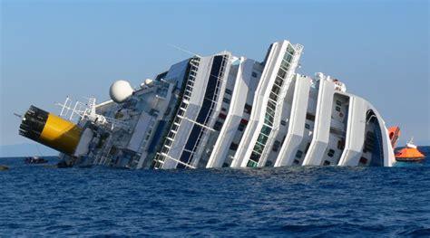 imagenes naufragios barcos definici 243 n de naufragio que es conceptos y significados