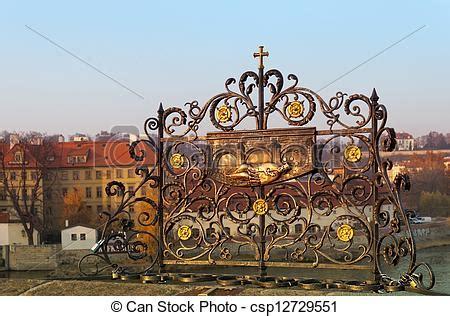 el enrejado in english stock im 225 genes de decorativo amantes enrejado checo