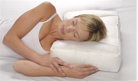 Pillow For Side Sleepers With Neck by Best Pillow For Neck Best Pillows For Side Sleepers