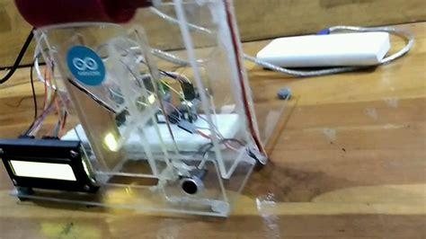 Alat Pemberi Makan Ikan Otomatis Berbasis Arduino pemberian pakan ikan otomatis arduino mp4