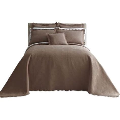 jcpenney queen size bedspreads 35 best images about bedding on sheet sets bedding collections and comforter sets