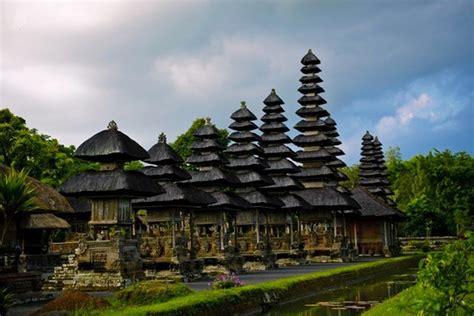 vietnam indonesia boast potential  tourism cooperation