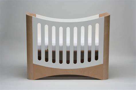 stokke table top nilpferd mitwachsend affordable kinderbett mitwachsend babybett