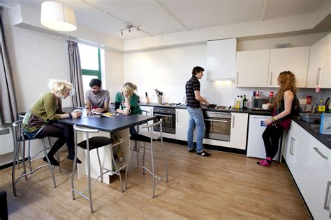 student appartments 6 steps to choosing your student accommodation student