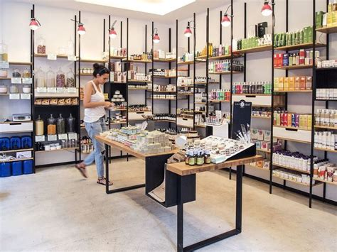 best shopping stores 25 best ideas about cosmetic shop on interior