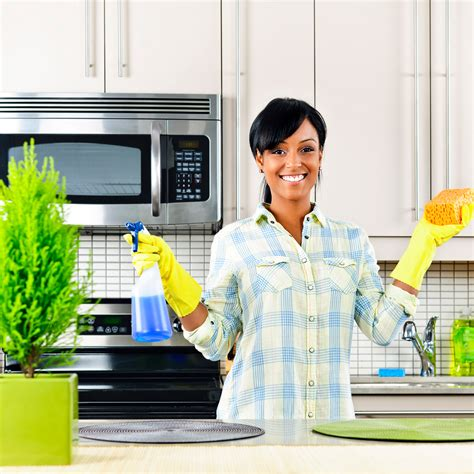cleaning kitchen tips in cleaning the kitchen