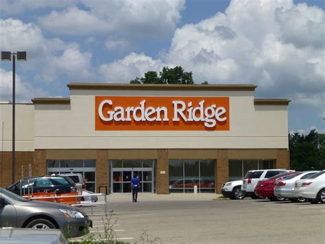 garden ridge receives   home makeover  magazine