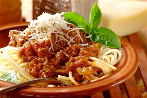 membuat spaghetti bolognese lezat
