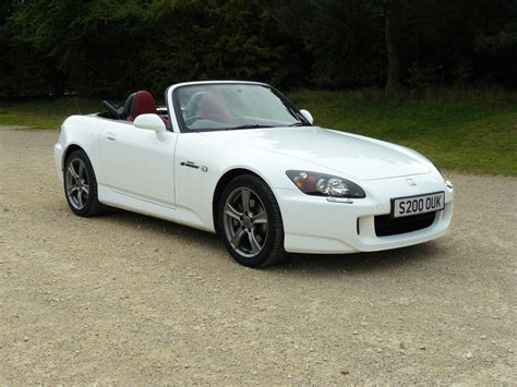 honda s2000 honda s2000 roadster 1999 2009 photos parkers