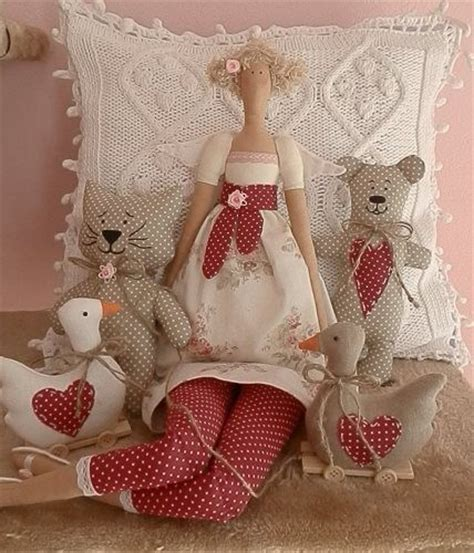 Patchwork Dolls Patterns - 1027 best images about patchwork doll on