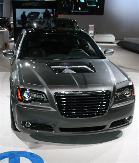chrysler hemi v8 top stuff chrysler 300s 426 hemi v8 concept