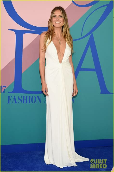 Cfda Awards Carpet Debra Messing And Heidi Klum by Heidi Klum Zac Posen Make The Cutest Carpet Duo