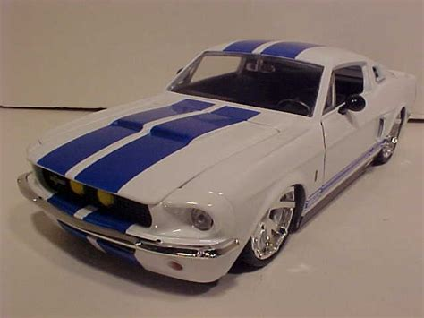 Toys Shelby Cobra 427 Sc Bigtime world classic toys shelby diecast cars 2008 ford