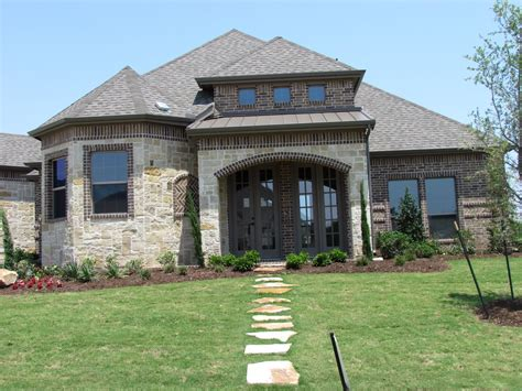 custom homes catered to your budget may 2011