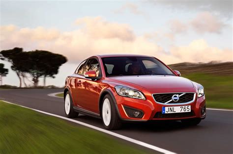 volvo cars buying a used 2008 2013 volvo c30