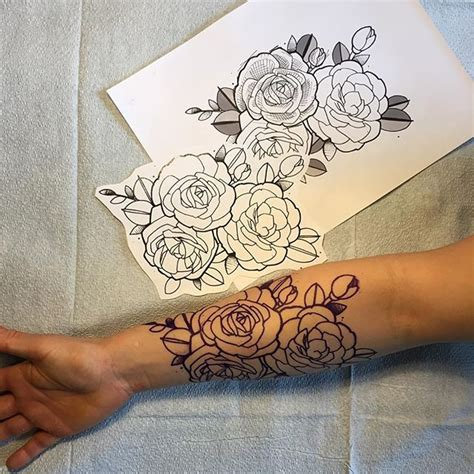 roses on arm tattoo 1000 ideas about tattoos on tattoos