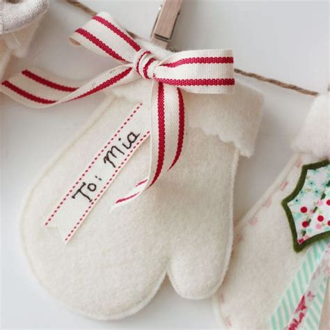 pattern for felt mitten ornament adorable christmas mitten ornament nanacompany s