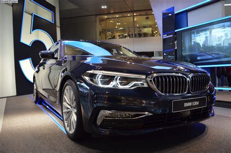 Line Bmw by Bmw 5er G30 Imperialblau Trifft Luxury Line In Der Bmw Welt