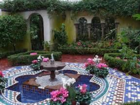 25 modern backyard ideas to create beautiful outdoor rooms