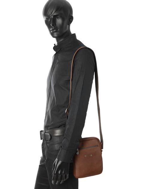 Promo Coach 9008 sac homme foures baroudeur cognac en vente au meilleur prix