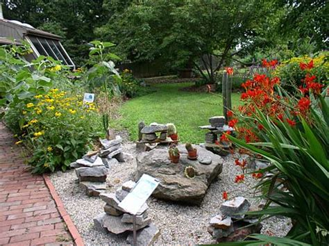 earth garden center rock let s rock 20 fabulous rock backyard design concepts