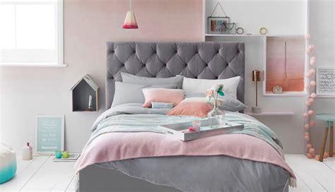 Beau Chambre Gris Perle Et Blanc #4: merveilleux-chambre-gris-perle-et-blanc-1-chambre-rose-et-gris-lit-gris-linge-de-lit-rose-gris-vert-et-blanc-700x403.jpg