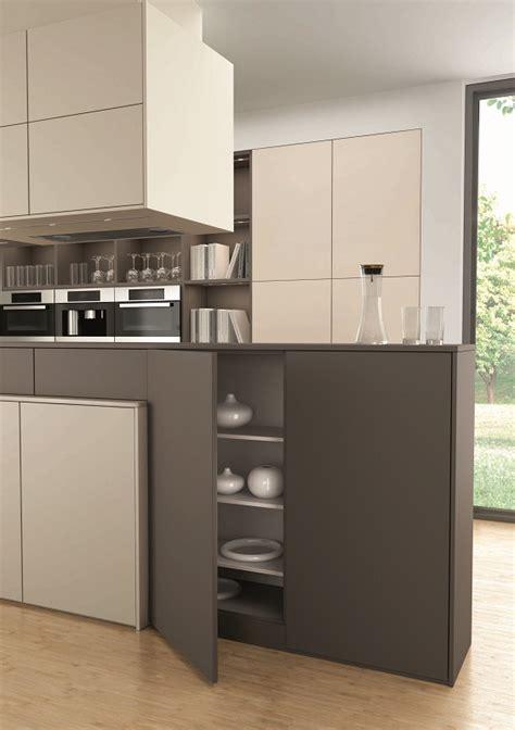 cuisine moderne kanto leicht avec meubles supendus photo cuisine moderne et intemporelle classic fs rangeval